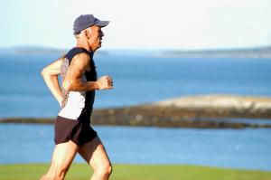 Découvrez l'interview du Dr Boris Gojanovic, Médecin du Sport à l'Hôpital de La Tour, concernant l'annonce de la SUVA au sujet de la hausse des chiffres des accidents de jogging.